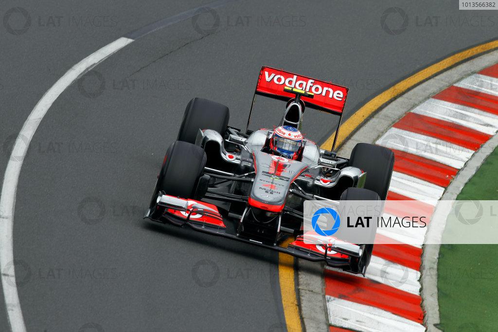 Albert Park, Melbourne, Australia25th March 2011.Jenson Button, McLaren MP4-26 Mercedes.World Copyright: Andrew Ferraro/LAT Photographicref: Digital Image _Q0C7792