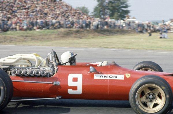 1967 United States Grand Prix.Watkins Glen, New York, USA. 29 September-1 October 1967.Chris Amon (Ferrari 312), retired.World Copyright: LAT PhotographicRef: 35mm transparency 67USA04