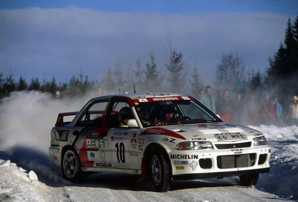 1995 World Rally Championship.Swedish Rally, Sweden. 10-12 February 1995.Kenneth Eriksson/Staffan Parmander (Mitsubishi Lancer Evo2), 1st position.World Copyright: LAT PhotographicRef: 35mm transparency 95RALLY10