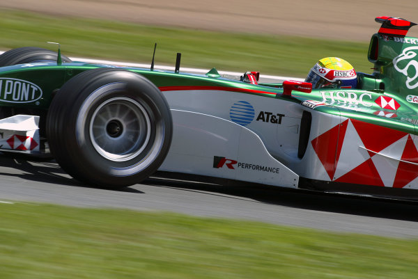2004 Spanish Grand Prix - SaturdayCircuit de Catalunya, Barcelona, Spain. 7th - 9th May.Mark Webber, Jaguar R5. Action.World Copyright: Peter Spinney/LAT Photographic ref: Digital Image Only