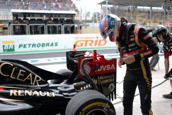 Interlagos, Sao Paulo, Brazil. Saturday 8 November 2014. Romain Grosjean, Lotus F1. World Copyright: Steven Tee/LAT Photographic. ref: Digital Image _X0W6978
