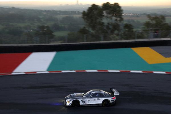 #40 SPS Automotive Performance Mercedes-AMG GT3: Valentin Pierburg, Tim Torsten Müller, Miguel Ramos.