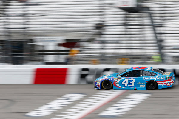 Monster Energy NASCAR Cup Series Toyota Owners 400 Richmond International Raceway, Richmond, VA USA Saturday 29 April 2017 Aric Almirola, Richard Petty Motorsports, Smithfield Ford Fusion World Copyright: Matthew T. Thacker LAT Images ref: Digital Image 17RIC1mt1313