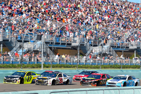 Monster Energy NASCAR Cup Series Ford EcoBoost 400 Homestead-Miami Speedway, Homestead, FL USA Sunday 19 November 2017 Paul Menard, Richard Childress Racing, Richmond/Menards Chevrolet SS and Ryan Newman, Richard Childress Racing, Caterpillar Chevrolet SS World Copyright: Nigel Kinrade LAT Images