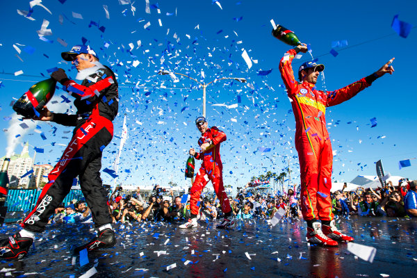 2015/2016 FIA Formula E Championship. Long Beach ePrix, Long Beach, California, United States of America. Sunday 3 April 2016. Stephane Sarrazin (FRA), Venturi VM200-FE-01, Daniel Abt (GER), ABT Audi Sport FE01, Lucas Di Grassi (BRA), ABT Audi Sport FE01. Photo: Zak Mauger/LAT/Formula E ref: Digital Image _L0U1823
