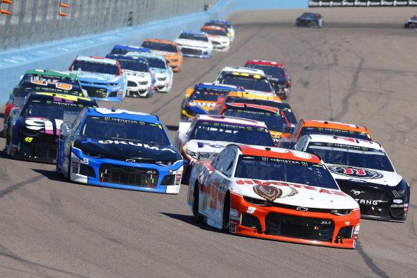 #9: Chase Elliott, Hendrick Motorsports, Chevrolet Camaro Hooters and #8: Daniel Hemric, Richard Childress Racing, Chevrolet Okuma