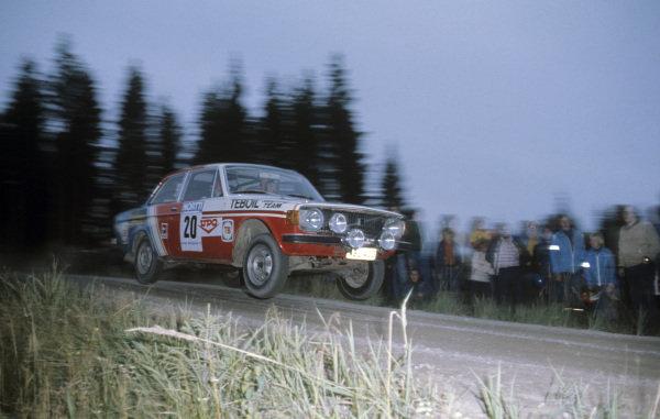 Erkki Pitkänen / Seppo Harjanne, Volvo 142.