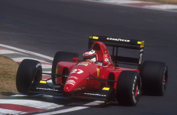 1992 Mexican Grand Prix.Mexico City, Mexico.20-22 March 1992.Jean Alesi (Ferrari F92A). He exited the race after an engine failure.Ref-92 MEX 11.World Copyright - LAT Photographic