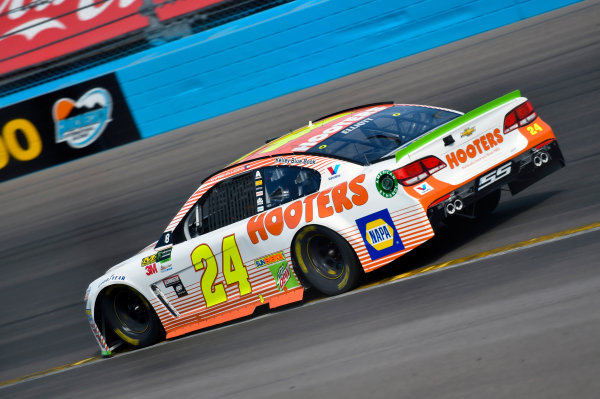 Monster Energy NASCAR Cup Series Can-Am 500 Phoenix Raceway, Avondale, AZ USA Sunday 12 November 2017 Chase Elliott, Hendrick Motorsports, Hooters Chevrolet SS World Copyright: Nigel Kinrade LAT Images