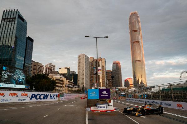 2017/2018 FIA Formula E Championship. Round 1 - Hong Kong, China. Saturday 02 December 2017. Andre Lotterer (BEL), TECHEETAH, Renault Z.E. 17. Photo: Sam Bloxham/LAT/Formula E ref: Digital Image _J6I3720