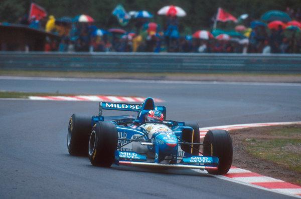 Spa-Francorchamps, Belgium.25-27 August 1995.Michael Schumacher (Benetton B195 Renault) 1st position.Ref-95 BEL 14.World Copyright - LAT Photographic