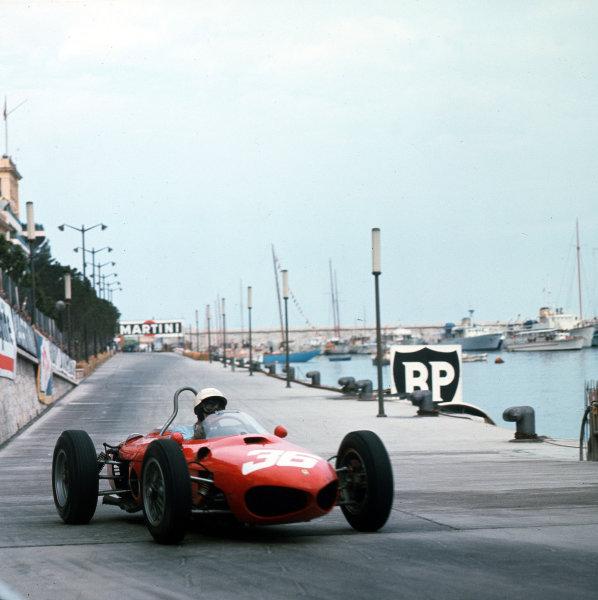 Monte Carlo, Monaco.31/5-3/6 1962.Phil Hill (Ferrari Dino 156) 2nd position.Ref-3/0512.World Copyright - LAT Photographic