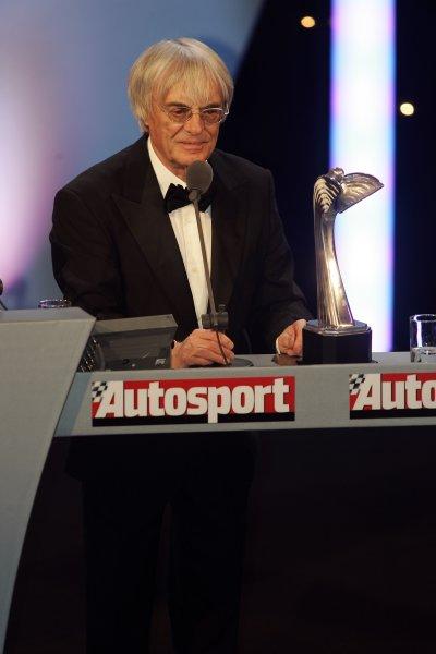 2005 Autosport AwardsGrosvenor House, London. 4th December.Gregor Grant Award winner Bernie Ecclestone.World Copyright: Malcolm Griffiths/LAT Photographicref: Digital Image Only