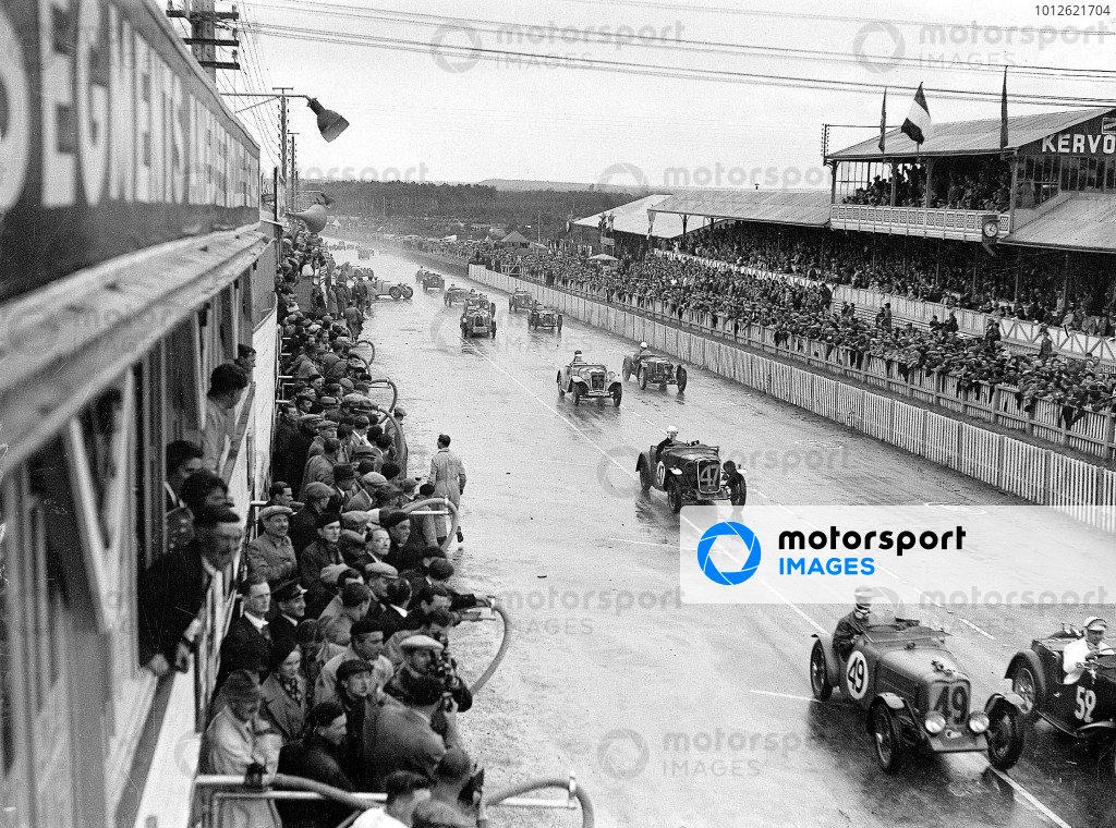 1935 Le Mans 24 hours.