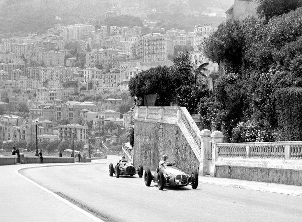 1950 Monaco Grand Prix.Monaco, Monte Carlo. 21st May 1950.Louis Chiron (Maserati 4CLT/48) leads Alberto Ascari (Ferrari 125). Ref-C26726.World Copyright: LAT Photographic