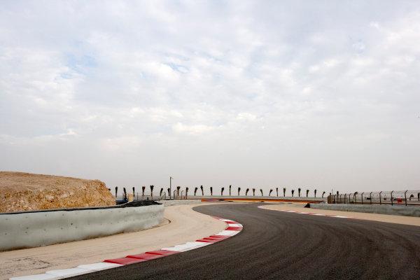 Bahrain International Circuit, Sakhir, Bahrain.24th February 2010.The new F1 Grand Prix track layout.World Copyright: Alastair Staley/LAT Photographic ref: Digital Image _P9O0098