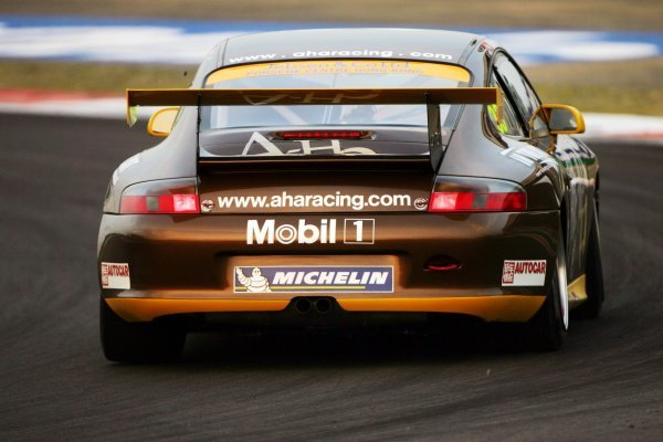 Matthew Marsh (GBR) A-Ha Racing.Porsche Carrera Cup Asia, Shanghai, China, 24 September 2004.DIGITAL IMAGE