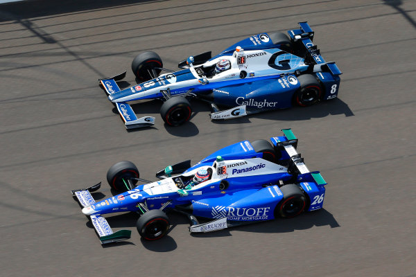 Verizon IndyCar Series Indianapolis 500 Race Indianapolis Motor Speedway, Indianapolis, IN USA Sunday 28 May 2017 Takuma Sato, Andretti Autosport Honda and Max Chilton, Chip Ganassi Racing Teams Honda World Copyright: Russell LaBounty LAT Images