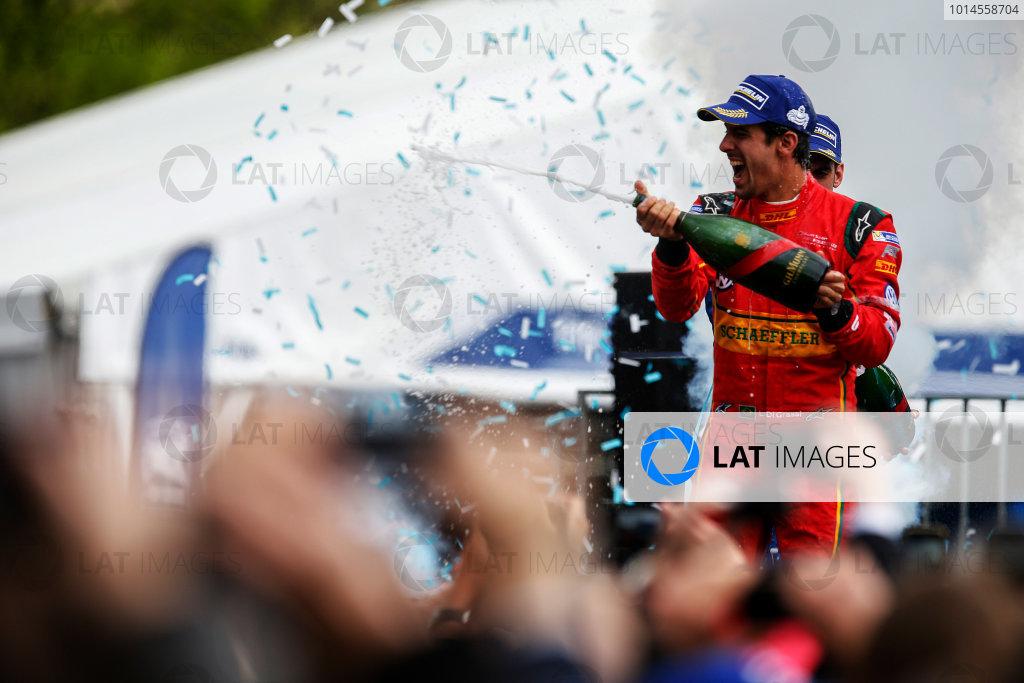 2015/2016 FIA Formula E Championship. Paris ePrix, Paris, France. Saturday 23 April 2016. Lucas Di Grassi (BRA), ABT Audi Sport FE01. Photo: Glenn Dunbar/LAT/Formula E ref: Digital Image _W2Q2373