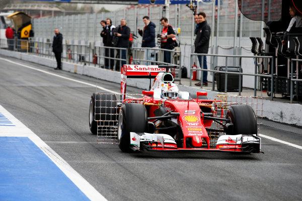 Circuit de Catalunya, Barcelona, Spain Monday 22 February 2016. Sebastian Vettel, Ferrari SF16-H, in the pit lane. World Copyright: Glenn Dunbar/LAT Photographic ref: Digital Image _W2Q0724