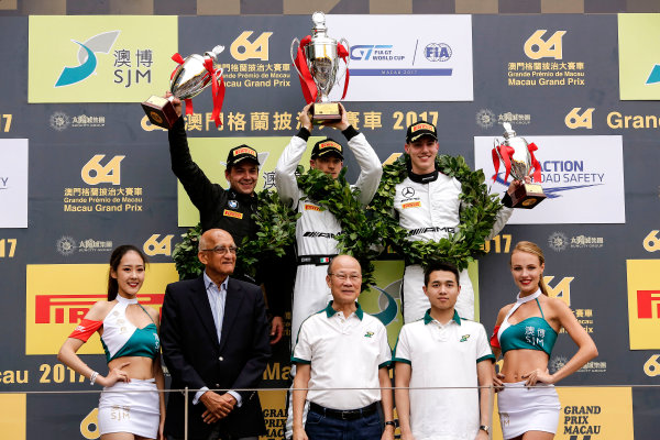 2015 FIA GT World Cup Circuit de Guia, Macau, China Saturday 18 November 2017. Podium: Race winner Edoardo Mortara, Mercedes-AMG Team Driving Academy, Mercedes - AMG GT3, second place Augusto Farfus, BMW Team Schnitzer, BMW M6 GT3, third place Raffaele Marciello, Mercedes-AMG Team GruppeM Racing, Mercedes - AMG GT3  World Copyright: Alexander Trienitz/LAT Images ref: Digital Image 2017-Macau-GP-JG2-1367