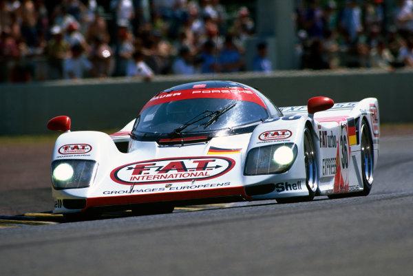 Le Mans, France. 18th - 19th June 1994.Yannick Dalmas/Hurley Haywood/Mauro Baldi (Dauer 962 Le Mans Porsche), 1st position, action. World Copyright: LAT Photographic.Ref:  94LM06.