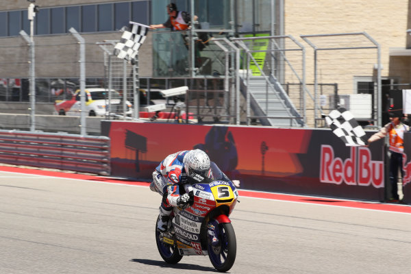 2017 Moto3 Championship - Round 3 Circuit of the Americas, Austin, Texas, USA Sunday 23 April 2017 Romano Fenati, Marinelli Rivacold Snipers, takes the checkered flag World Copyright: Gold and Goose Photography/LAT Images ref: Digital Image Moto3-R-900-2715