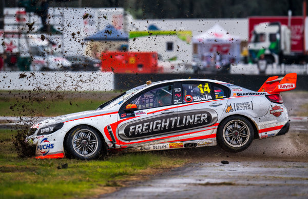2017 Supercars Championship Round 5.  Winton SuperSprint, Winton Raceway, Victoria, Australia. Friday May 19th to Sunday May 21st 2017. Tim Slade drives the #14 Freightliner Racing Holden Commodore VF. World Copyright: Daniel Kalisz/LAT Images Ref: Digital Image 190517_VASCR5_DKIMG_3431.JPG