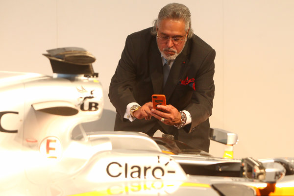 Force India VJM10 Formula 1 Launch. Silverstone, UK. Wednesday 22 February 2017. Vijay Mallya, Team Principal and Managing Director, Force India, takes a picture of the VJM10. World Copyright: Hoyer/Ebrey/LAT Images Ref: MDH38411