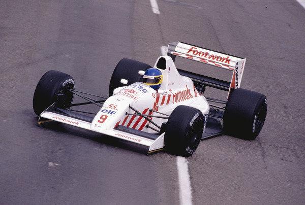 1990 United States Grand Prix.Phoenix, Arizona, USA.9-11 March 1990.Michele Alboreto (Arrows A11B Ford) 10th position.Ref-90 USA 59.World Copyright - LAT Photographic