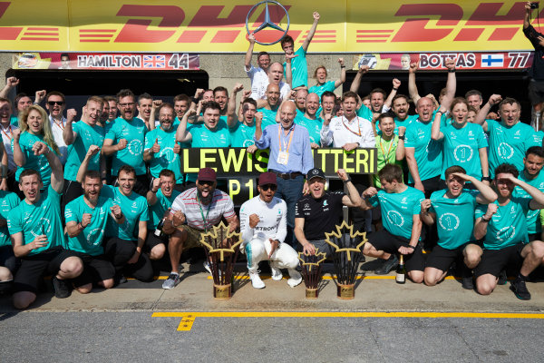 Circuit Gilles Villeneuve, Montreal, Canada. Sunday 11 June 2017. Lewis Hamilton, Mercedes AMG, 1st Position, Valtteri Bottas, Mercedes AMG, 2nd Position, and the Mercedes team celebrate victory. World Copyright: Steve Etherington/LAT Images ref: Digital Imagee SNE18650