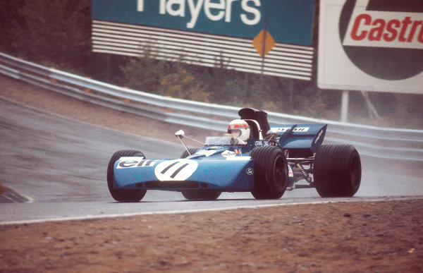 1971 Canadian Grand Prix.Mosport Park, Ontario, Canada.17-19 November 1971.Jackie Stewart (Tyrrell 003 Ford) 1st position.Ref-71 CAN 12.World Copyright - LAT Photographic