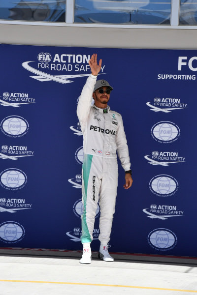 Pole sitter Lewis Hamilton (GBR) Mercedes AMG F1 celebrates in parc ferme at Formula One World Championship, Rd18, United States Grand Prix, Qualifying, Circuit of the Americas, Austin, Texas, USA, Saturday 22 October 2016.