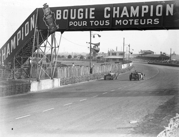 "Pierre Padrault / ""Charlault"", J. A. Grégoire, Tracta and Frank Stanley Barnes / Alf Langley, Singer Le Mans 1.5L."