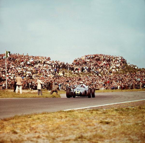 1961 Dutch Grand Prix.Zandvoort, Holland.20-22 May 1961.Jo Bonnier (Porsche 787).Ref-3/0280.World Copyright - LAT Photographic