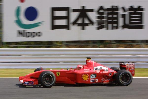 2001 Japanese Grand Prix - Friday / PracticeSuzuka, Japan. 20th October 2001.Michael Schumacher (Ferrari).World Copyright - LAT Photographicref: 8 9 MB Digital