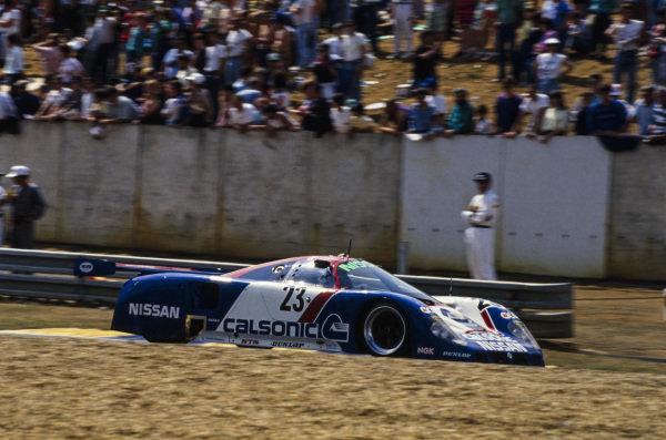 Masahiro Hasemi / Kazuyoshi Hoshino / Toshio Suzuki, Nissan Motorsports International, Nissan R89C.