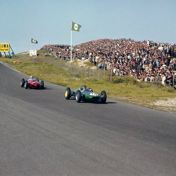 Zandvoort, Holland.20-22 May 1961.Jim Clark (Lotus 21-Climax) leads Phil Hill (Ferrari Dino 156). They finished in 3rd and 2nd positions respectively.Ref: 3/0266.World Copyright - LAT Photographic
