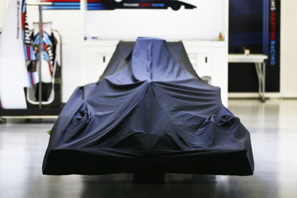 Marina Bay Circuit, Singapore. Thursday 18 September 2014. A covered car in the Williams garage. World Copyright: Andy Hone/LAT Photographic. ref: Digital Image _ONZ1857