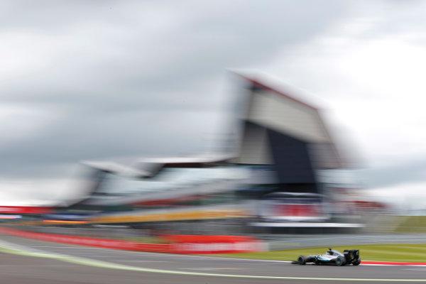 Silverstone, Northamptonshire, UK Friday 08 July 2016. Lewis Hamilton, Mercedes F1 W07 Hybrid.  World Copyright: Andrew Ferraro/LAT Photographic ref: Digital Image _FER9575