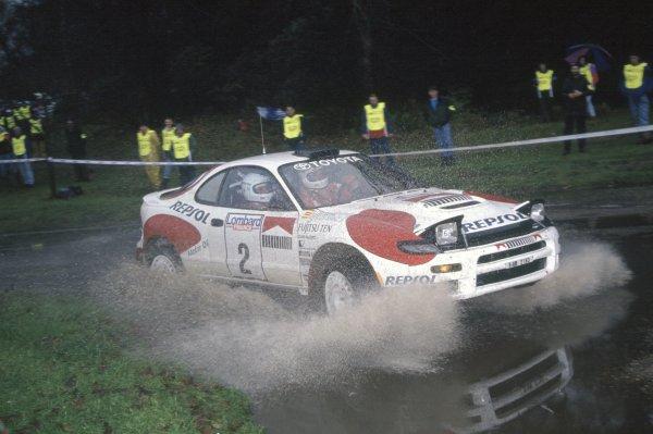 1992 World Rally Championship.Lombard RAC Rally, Great Britain. 22-25 November 1992.Carlos Sainz/Luis Moya (Toyota Celica Turbo 4WD), 1st position.World Copyright: LAT PhotographicRef: 35mm transparency 92RALLY11