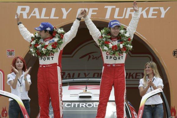 2005 FIA World Rally Champs. Round sevenRally of Turkey2nd-5th June 2005.Sebastien Loeb, Citroen, Podium.World Copyright: McKlein/LAT