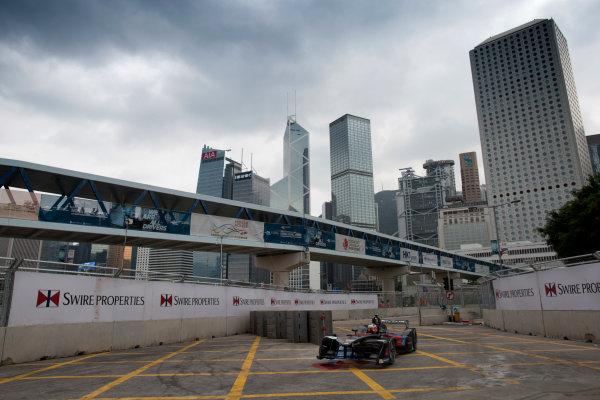 2016/2017 FIA Formula E Championship. Hong Kong ePrix, Hong Kong, China. Saturday 8 October 2016. Stephane Sarrazin (FRA), Venturi, Spark-Venturi, Venturi VM200-FE-02.  Photo: Alastair Staley/LAT/Formula E ref: Digital Image 580A9219