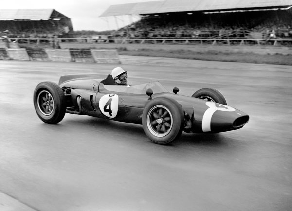 Silverstone, England. 6th May 1961.Stirling Moss (Cooper Intercontinental), 1st position, action. World Copyright: LAT Photographic.Ref: Autocar Glass Plate C61544.