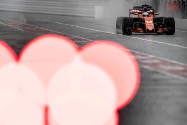 Suzuka Circuit, Japan. Friday 6 October 2017. Fernando Alonso, McLaren MCL32 Honda.  World Copyright: Glenn Dunbar/LAT Images  ref: Digital Image _31I6509
