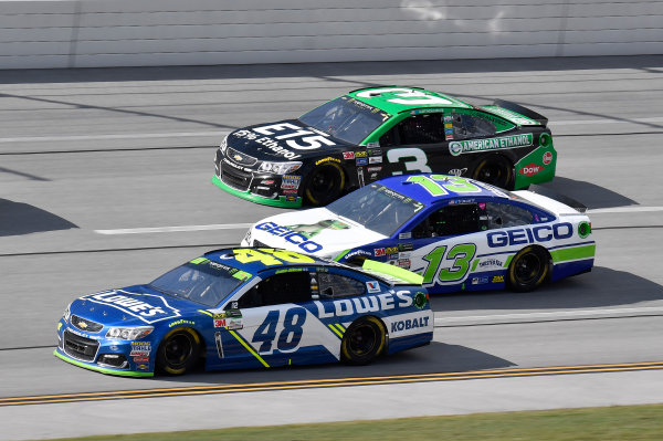 Monster Energy NASCAR Cup Series Alabama 500 Talladega Superspeedway Talladega, AL USA Sunday 15 October 2017 Jimmie Johnson, Hendrick Motorsports, Lowe's Chevrolet SS, Ty Dillon, Germain Racing, GEICO Chevrolet SS, and Austin Dillon, Richard Childress Racing, Chevrolet SS World Copyright: Rusty Jarrett LAT Images