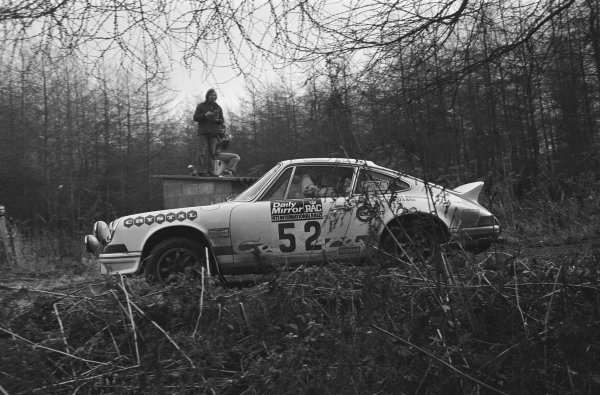 1973 Daily Mirror RAC Rally. York, England. 17th - 21st November 1973. Harold Morley / Bob Lindquist (Porsche Carrera RS), 22nd position, action.  World Copyright: LAT Photographic.  Ref:  L73 - 10076 - 23A.