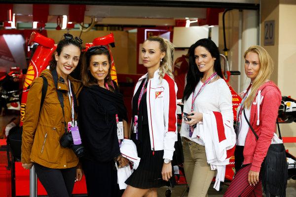 Yas Marina Circuit, Abu Dhabi, United Arab Emirates. Thursday 26 November 2015. Ladies outside the Ferrari garage. World Copyright: Charles Coates/LAT Photographic ref: Digital Image _J5R7956