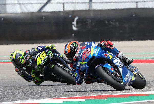 Alex Rins, Team Suzuki MotoGP, Valentino Rossi, Yamaha Factory Racing.