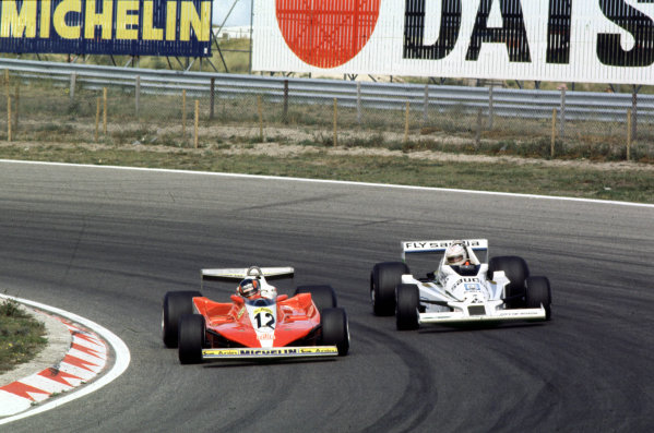1978 Dutch Grand Prix.Zandvoort, Holland.25-27 August 1978.Gilles Villeneuve (Ferrari 312T3) leads Alan Jones (Williams FW06 Ford).World Copyright - LAT Photographic